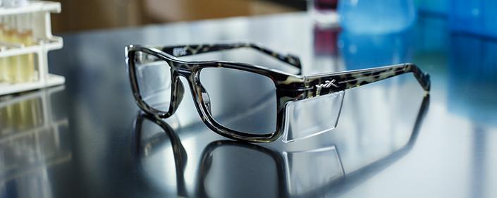 眼镜EN.166