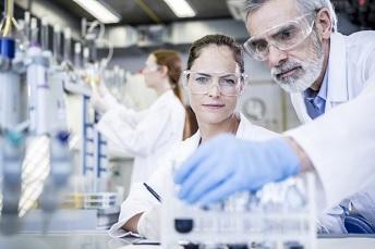 欧盟提议根据REACH附件XVII规范C9-C14全氟羧酸